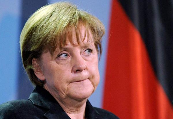 德国局势不稳推升美元 金价高位下挫