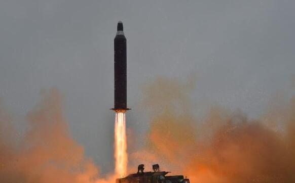 朝鲜局势显著升温 黄金价格未能突破1300